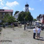 Gitternetzemessen auf dem Dorfplatz in Sulzberg