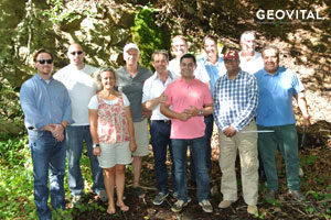 Internationale Gruppe an der GEOVITAL Messtrecke