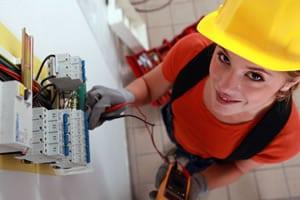 Elektriker werden oft gebraucht von Geobiologen