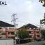 Hochspannungsleitung im Wohngebiet